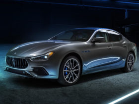 2021-maserati-ghibli-hybrid-first-look-review:-a-hybrid,-but-only-mildly
