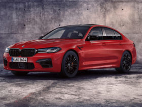2021-bmw-m5-sedan-first-look-review:-a-legend-gets-a-tech-injection