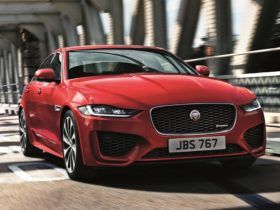 updates-and-new-technology-for-2020-jaguar-xe