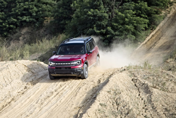 first-ride:-2021-ford-bronco-sport-conquers-sand-and-hills