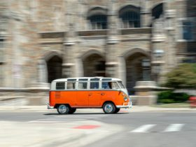 a-spin-in-a-1967-volkswagen-samba-microbus-deluxe