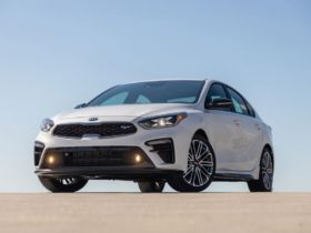 view-in-depth-photos-of-the-2020-kia-forte-gt