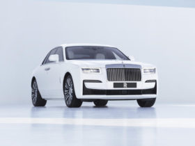 2021-rolls-royce-ghost-first-look-review:-opulence-returns
