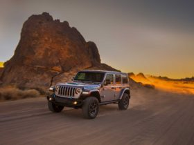 2021-jeep-wrangler-4xe-plug-in-hybrid-suv-revealed:-strong,-silent-type