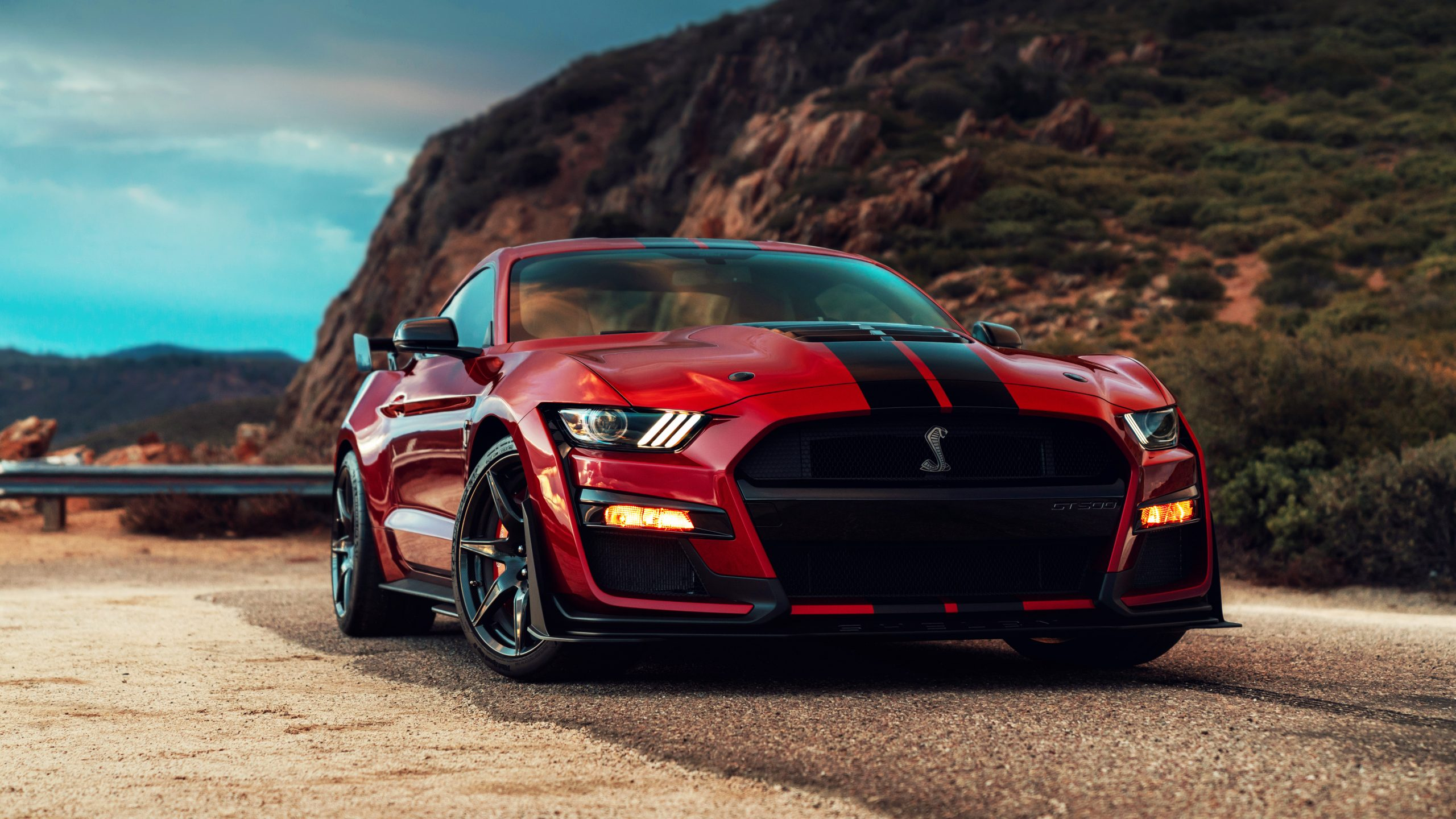 Ford Updates the Mustang and Shelby GT5 for 5 Model Year