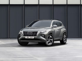 preview:-2022-hyundai-tucson-goes-long,-deep-on-screens,-style