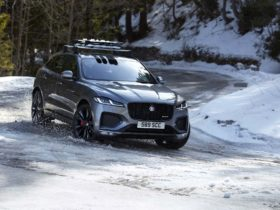 preview:-2021-jaguar-f-pace-ups-the-luxury,-style