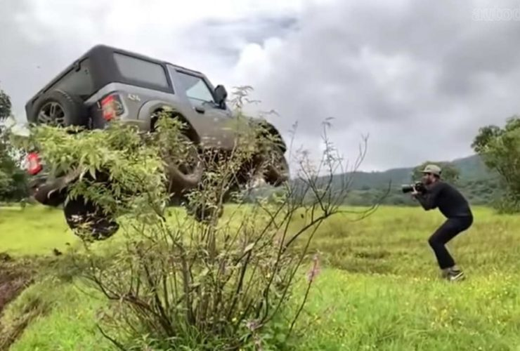 2020-mahindra-thar-abused-and-molested-by-media