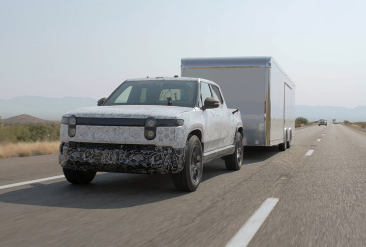 hot-dam!-rivian-says-rt1-electric-pickup-tows-11,000-pounds-in-the-desert
