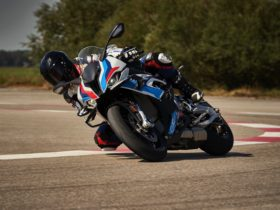 bmw-m-1000-rr-is-the-m-division's-first-motorcycle