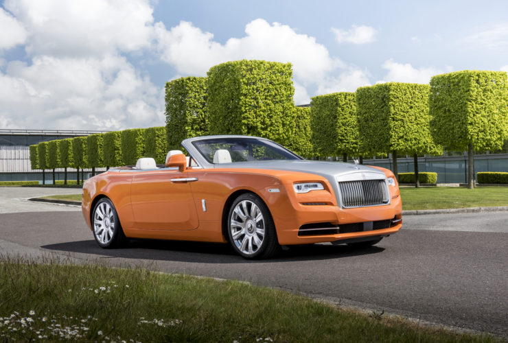 rolls-royce-developing-ev,-possibly-as-replacement-for-wraith/dawn