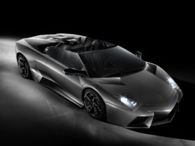 2010-lamborghini-reventon-roadster-wallpapers