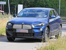 2022-bmw-x2-spy-shots:-mild-facelift-for-compact-crossover