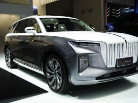 hongqi-e-hs9:-chairman-mao's-favored-brand-launches-flagship-electric-suv