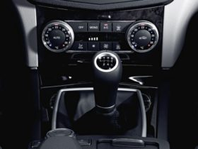 mercedes-benz-set-to-retire-the-manual-transmission