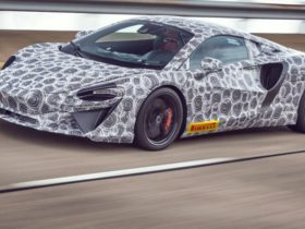 2021-mclaren-hybrid-supercar-confirmed