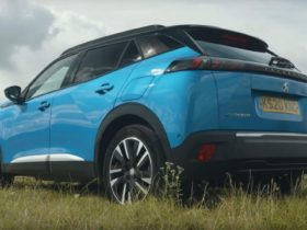 peugeot-e-2008:-a-small-electric-suv-that-doesn't-break-the-bank