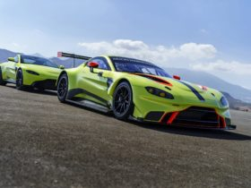 2018-aston-martin-vantage-gte-wallpapers