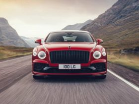 bentley-flying-spur-gets-a-v8-sibling