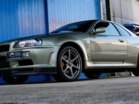 'brand-new'-nissan-skyline-r34-gt-r-hopes-to-set-new-record-price