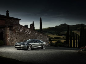 2013-aston-martin-am-310-vanquish-wallpapers