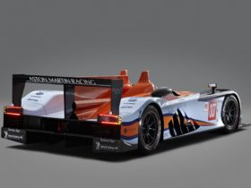 2011-aston-martin-amr-one-lmp1-wallpapers