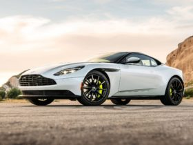 2018-aston-martin-db11-amr-wallpapers