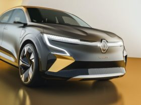 renault-megane-evision-concept-launched-in-france,-production-model-slated-for-2022