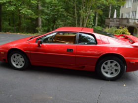 for-sale:-1989-lotus-esprit-se