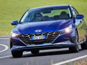 2021-hyundai-i30-sedan-review