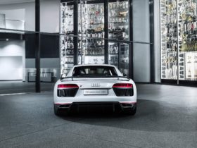 2016-audi-r8-v10-plus-'selection-24h'-wallpapers