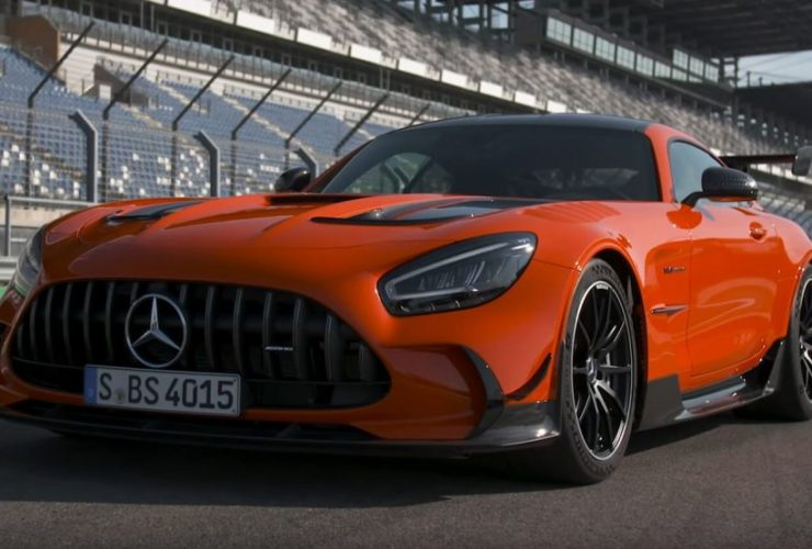 2021-mercedes-amg-gt-black-series-is-really-rewarding-on-the-track