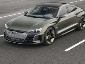 2021-audi-rs-e-tron-gt-to-get-three-electric-motors-and-520kw-–-report
