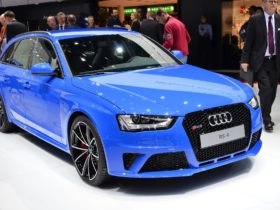 2014-audi-rs4-avant-nogaro-wallpapers