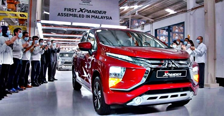 first-units-of-new-mitsubishi-xpander-roll-out-from-plant-in-pekan,-pahang