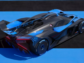bugatti-reveales-the-bolide-with-1,825-hp