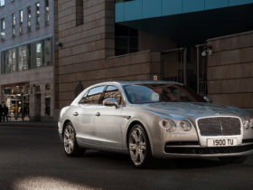 2015-bentley-flying-spur-v8-wallpapers