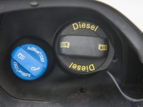 what-is-diesel-exhaust-fluid-(adblue),-and-how-does-it-work?