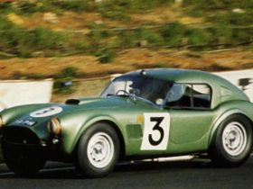ac-cars-will-build-replica-1963-cobra-le-mans-racers-with-electric-powertrains