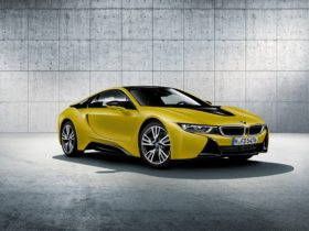 2018-bmw-i8-protonic-frozen-yellow-wallpapers