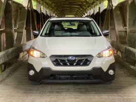 subaru-upgrades-standard-safety-gear,-2022-golf-r-preview,-evs-charge-ahead-in-europe:-what's-new-@-the-car-connection