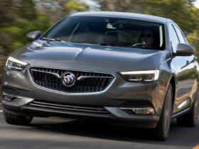 2018-buick-regal-sportback-wallpapers