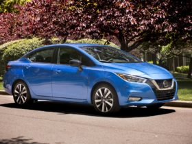 2021-nissan-versa-remains-one-of-the-cheapest-cars-to-buy-at-$15,855