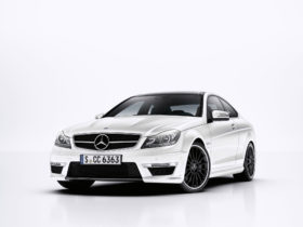 2011-mercedes-benz-c63-amg-coupe-wallpapers