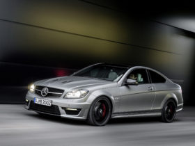 2014-mercedes-benz-c63-amg-edition-507-wallpapers