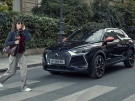 ds-3-crossback-gets-styled-by-ines-de-la-fressange