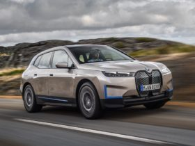 bmw-ix-–-the-new-technology-flagship-of-the-bmw-group-revealed
