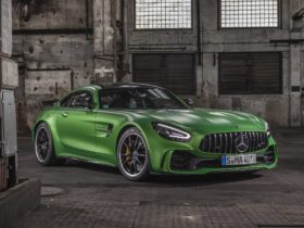 2020-mercedes-amg-gt-r-wallpapers