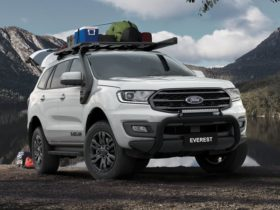2021-ford-everest-price-and-specs:-back-to-basecamp,-sport-goes-rwd