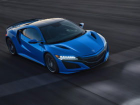 2021-acura-nsx-arrives-with-long-beach-blue-heritage-color